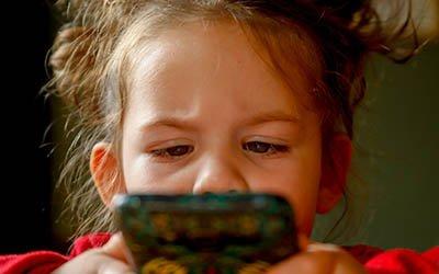El primer teléfono móvil y tablet para niños
