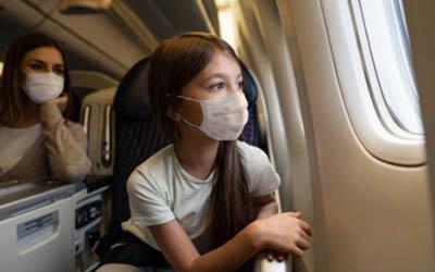 Viajar con niños en avión y volar embarazada